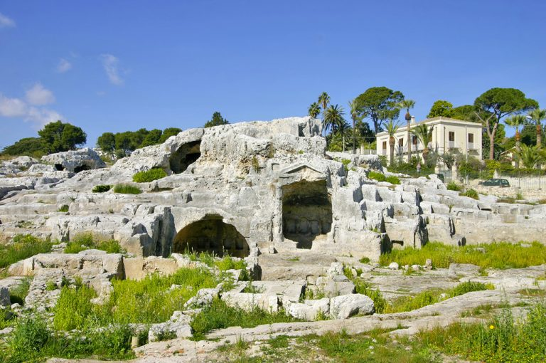A spasso per Siracusa: tomba Archimede