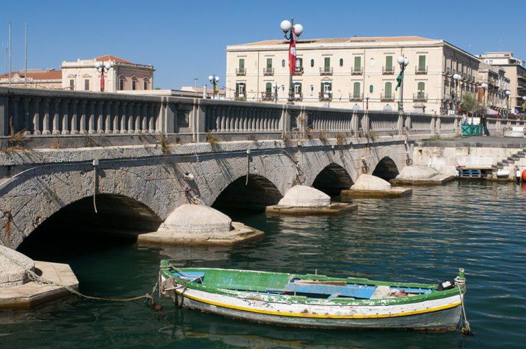 A spasso per Siracusa: ponte Ortigia