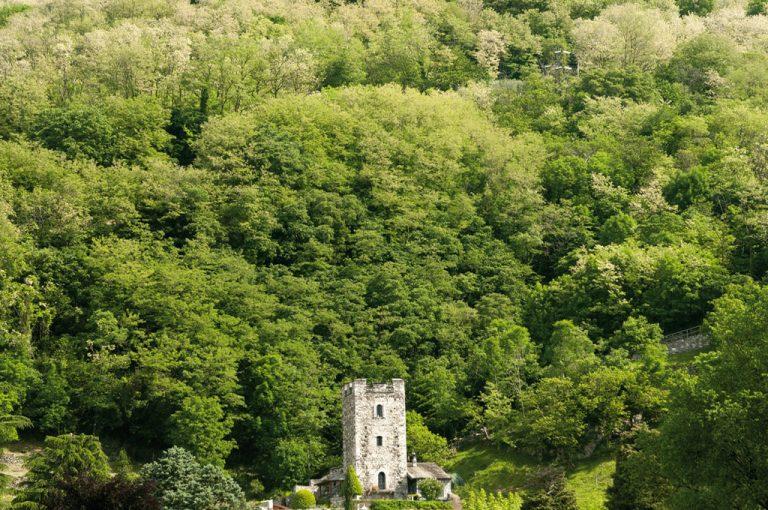 Alta Via Monti Lariani: torre Sorico