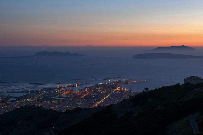 Erice: tramonto sulle Egadi