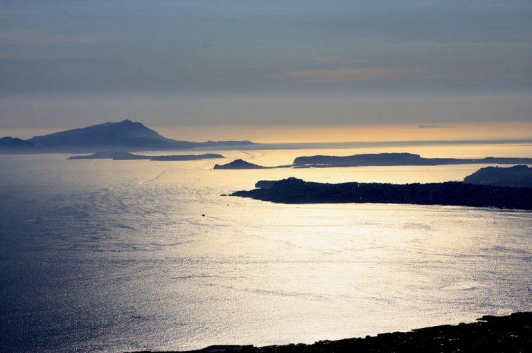 Fine settimana a Napoli: tramonto sul mare