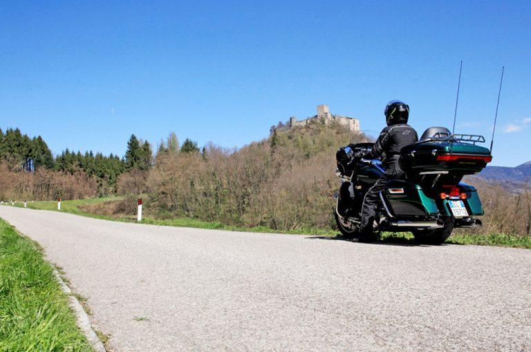 Gita al lago di Levico e al lago di Caldonazzo: castello di pergine