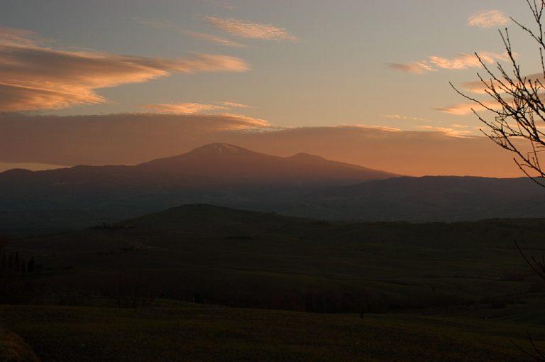 Giro in moto monte Amiata: tramonto
