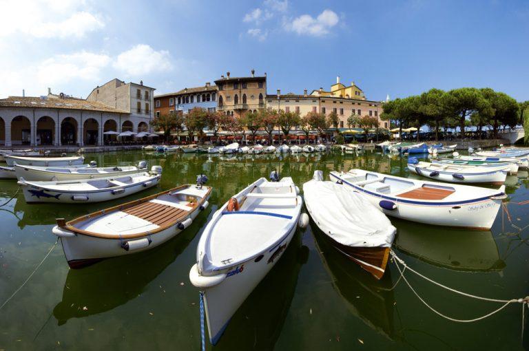 Battello lago di Garda: porto Desenzano