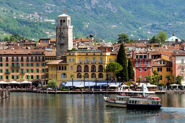 battello lago di Garda: riva del Garda