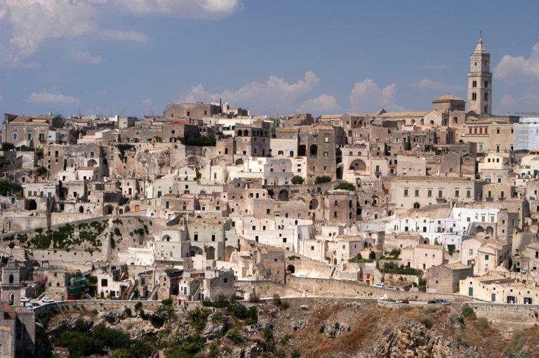 camper borghi Basilicata: panorama Matera