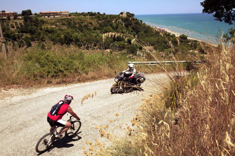 In moto nel Piceno: salite Valdaso