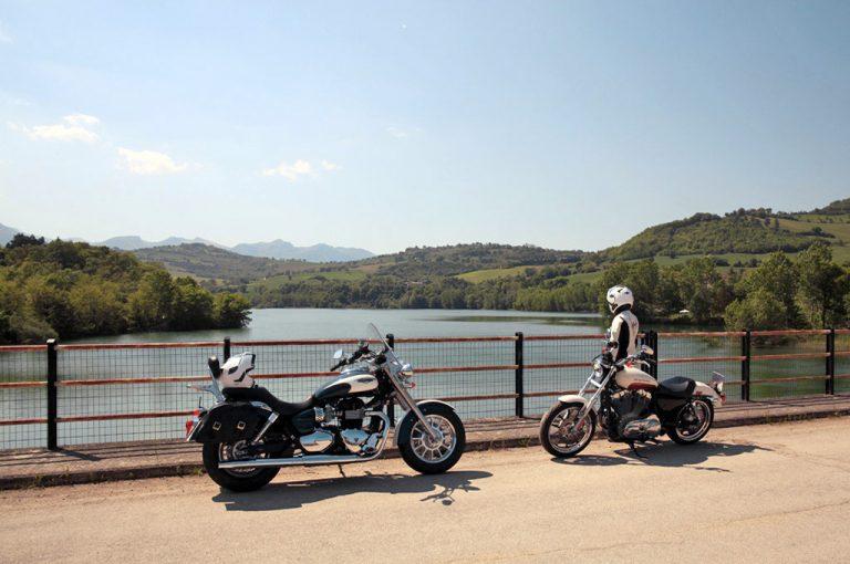 in moto nel Piceno: lago Ruffino