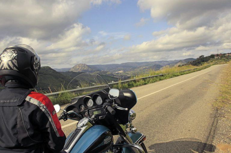 In moto nella Locride