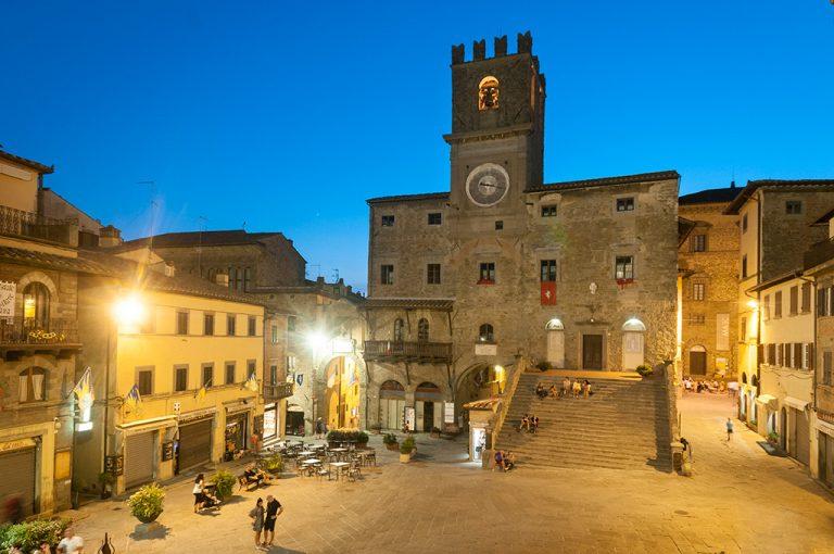 Cortona: piazza