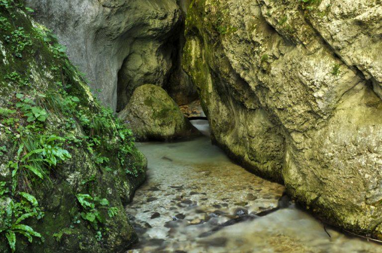 Gola dell'Infernaccio: scorcio rocce