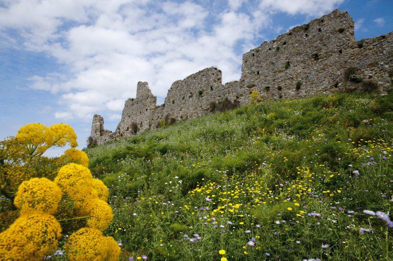 Terme Arabe di Cefalà Diana: castello