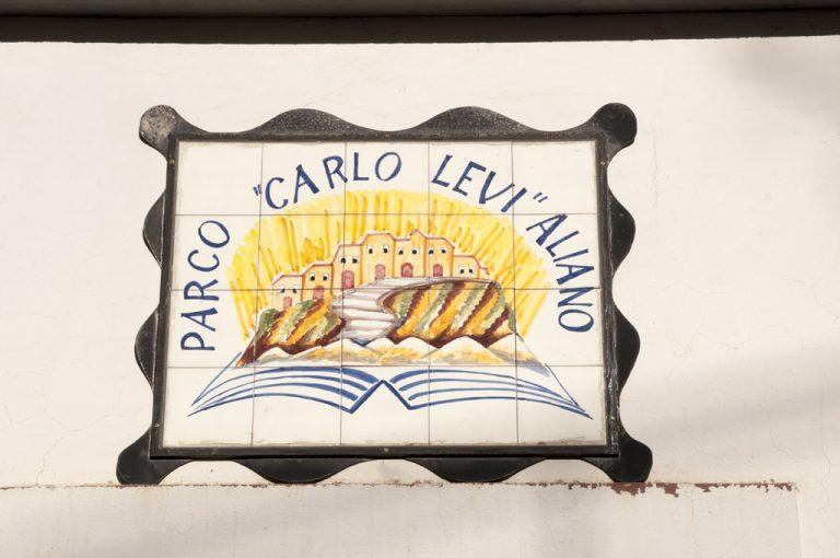 calanchi di Aliano:parco letterario Carlo Levi