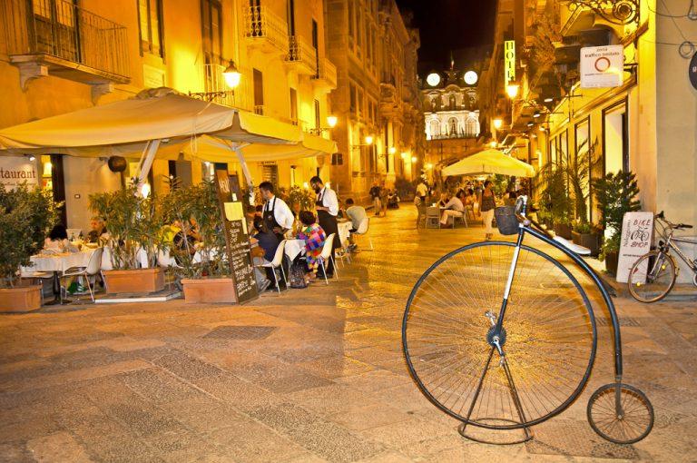 Trapani e le saline: centro storico
