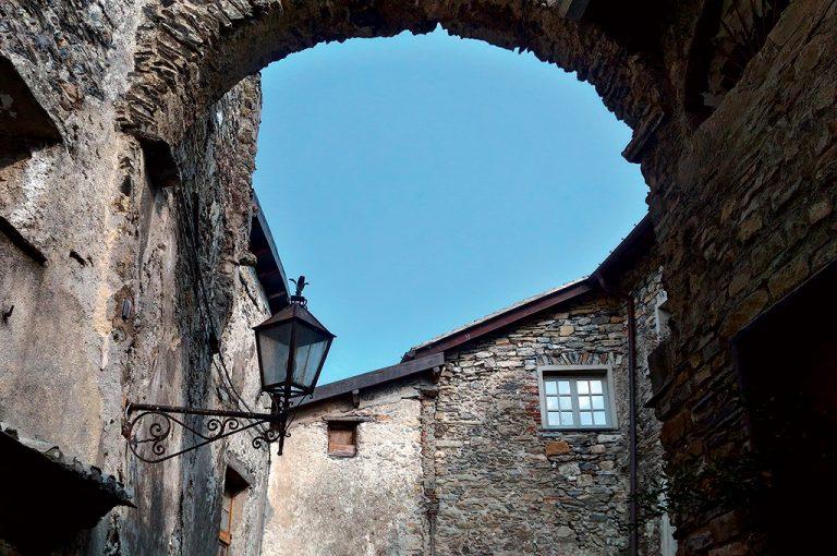 Triora il borgo bello delle streghe: case