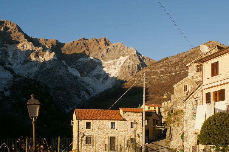 Carrara e le cave di marmo: Colonnata