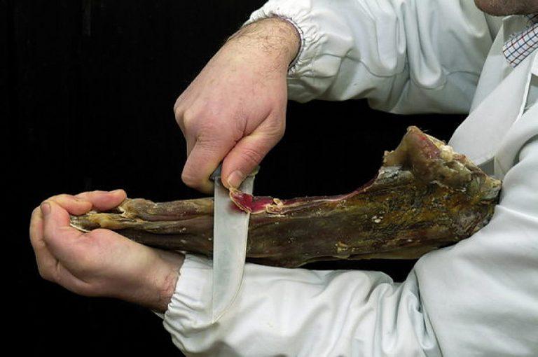 Weekend di gusto in Valchiavenna: violino di capra