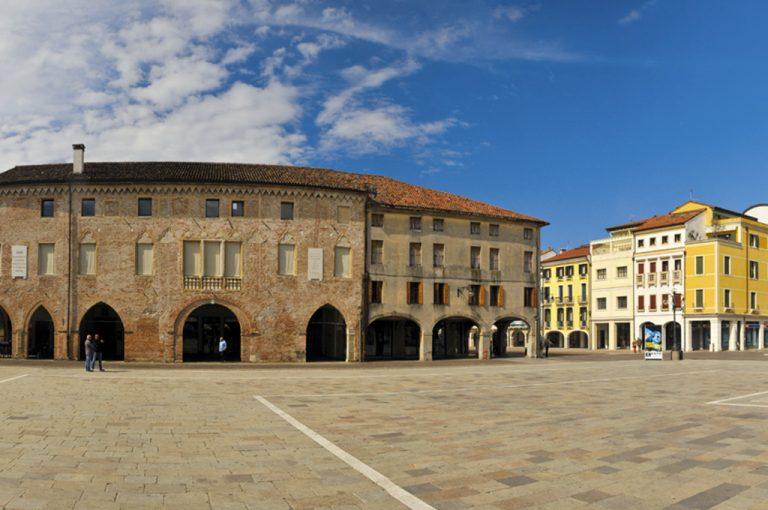 Weekend tra Este e Monselice: piazza Este