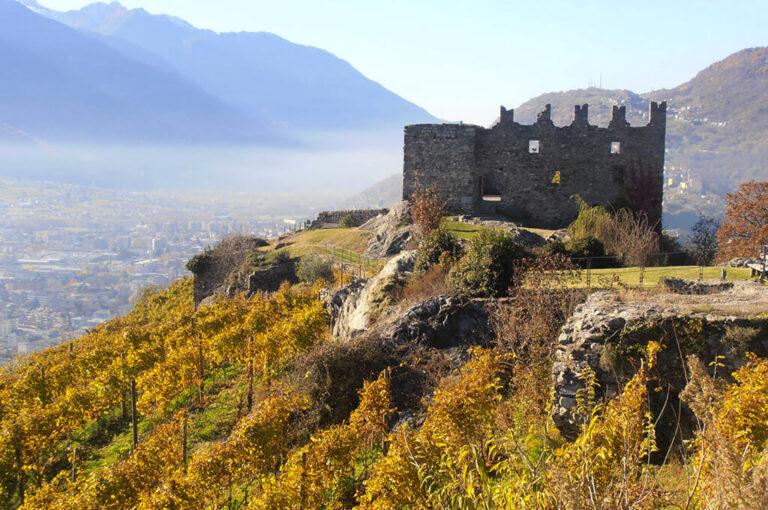 Castel grumello: veduta su Sondrio