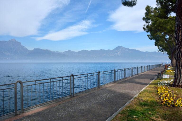 In bici sul lago di garda: lungo la ciclabile
