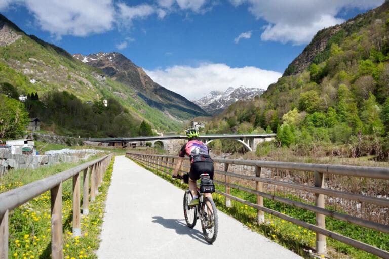La ciclabile del sentiero rusca: ciclabile Tornadù