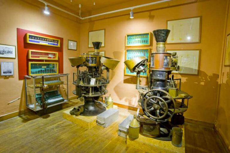 Museo smi: caricatrici munizioni