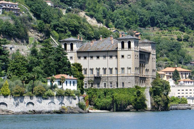 Santa maria del tiglio, la perla di gravedona: Palazzo Gallio