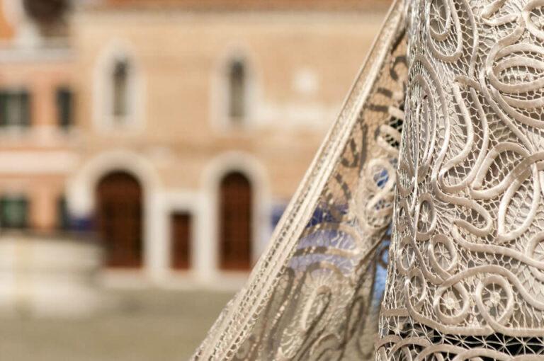 Murano, burano e torcello: merletti burano