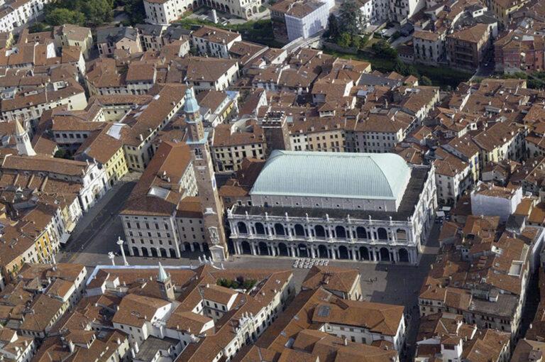 Vicenza, weekend a casa del palladio: la basilica, simbolo di Vicenza 01