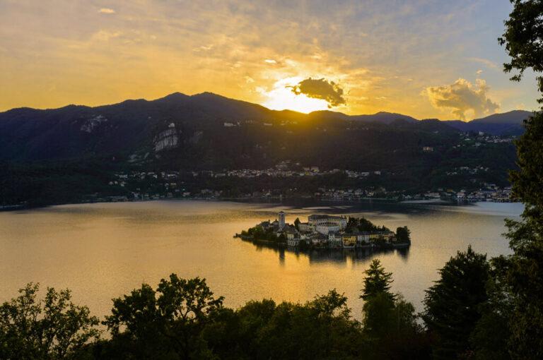 Alla scoperta del lago d'orta:tramonto