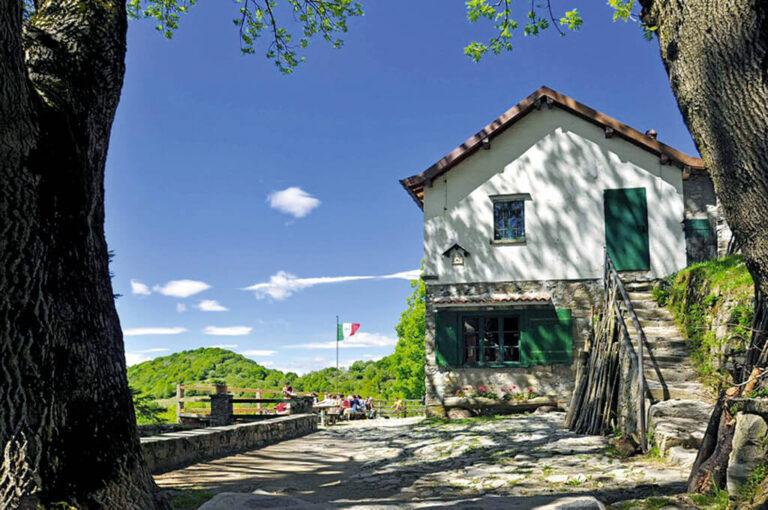 La salita al monte palanzone: rifugio riella