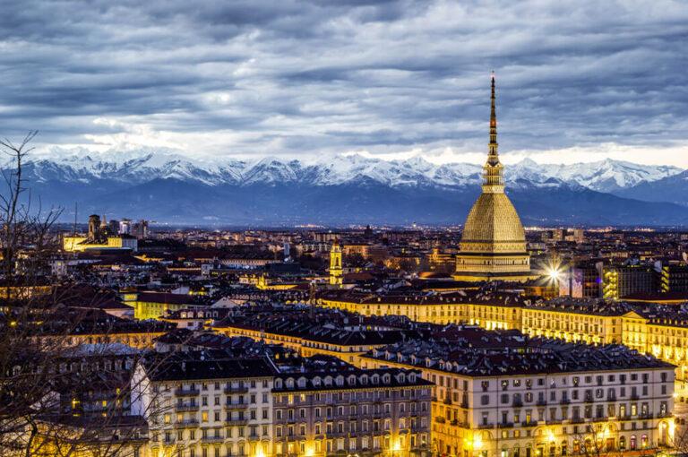 Torino 01: notturna sulla città